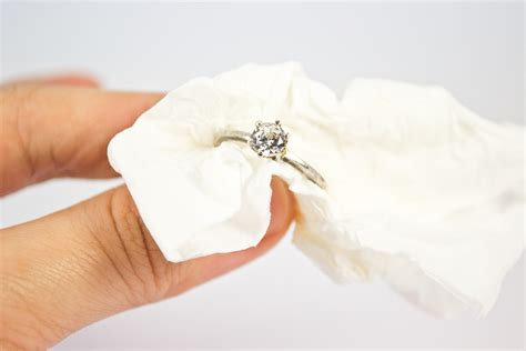 how to make jewelry cleaner amazing jewelry cleaner the diy