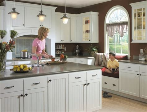 Homecrest Kitchen Cabinets Homecrest Bayport Kitchen Cabinets Traditional Kitchen Other Metro By Masterbrand