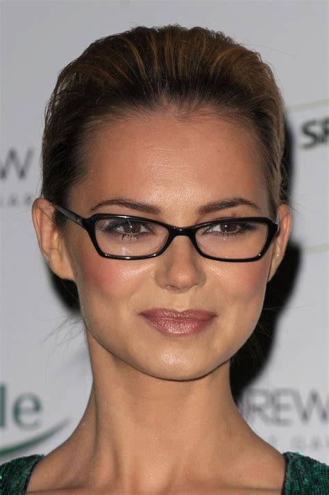 large apple body and round face over 50 hairstyle how to find the most flattering glasses for your face