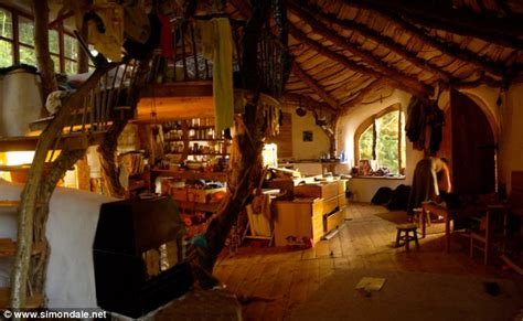 real hobbit house simon dale how i built my hobbit house in wales for just
