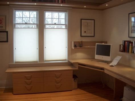 Built In Corner Desk Ideas 14 Best Ideas About Small Office Designs On Home Office Design Den Ideas And Office