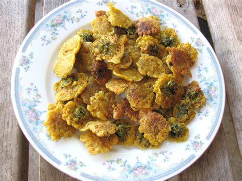 flower food recipe dandelion flower recipes dandelion fritters proverbs 31