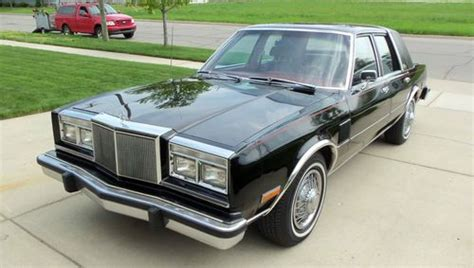 chrysler new yorker fifth avenue for sale used cars on buysellsearch find used 1982 chrysler new yorker fifth avenue 4 door sedan 318 c i v8 in wyandotte