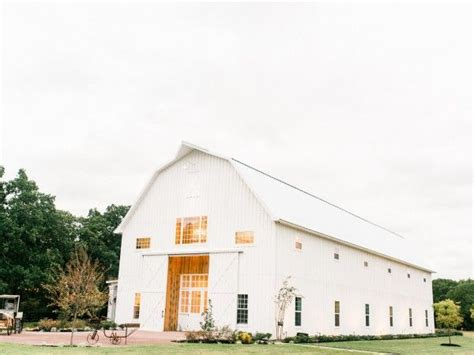 barn weddings dallas tx 17 best images about barns on carriage house