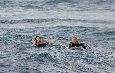 Cameron Diaz Goes Surfing by Slater Photos Photos Cameron Diaz Surfing With