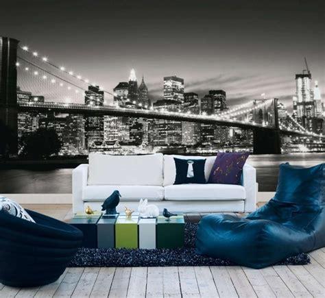 Formidable Mobilier De Salle A Manger Moderne #9: papier-peint-New-York-noir-blanc-salon-mobilier-blanc-bleu.jpg