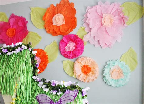 How To Make Big Paper Flowers With Tissue Paper - 15 diy tutorials make creative tissue paper flowers