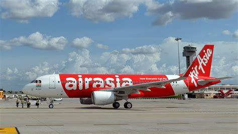 airasia surabaya airasia flight from surabaya indonesia to singapore is