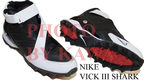 new nike vick iii shark b w football shoe cleats 4y nib ebay