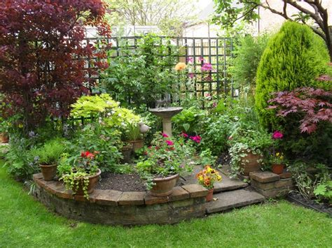 Garden Ideas For Small Areas Small Garden Ideas Modern Magazin
