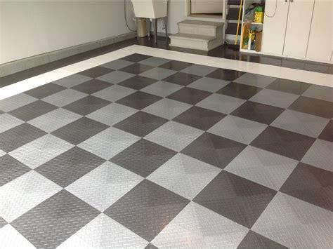 Garage Flooring   Epoxy and RaceDeck Flooring in St. Louis