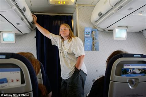 how to use the bathroom more often flight attendant reveals what cabin crew really think of your in flight drinking