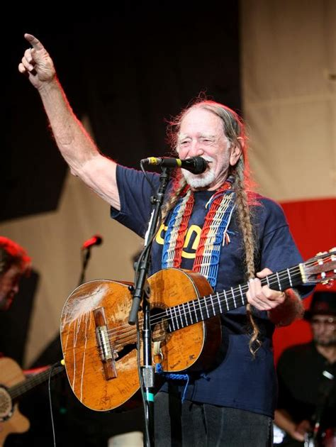 willie nelson backyard willie nelson at the back yard austin on sunday 10 26