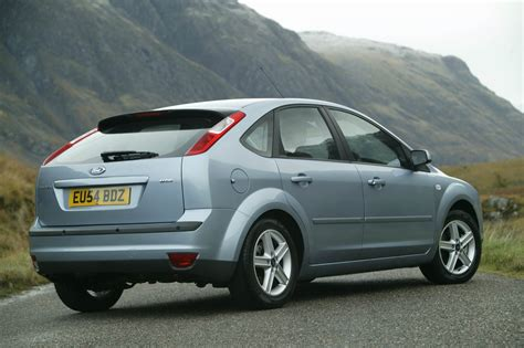Ford Hatchback by Ford Focus Hatchback Review 2005 2011 Parkers