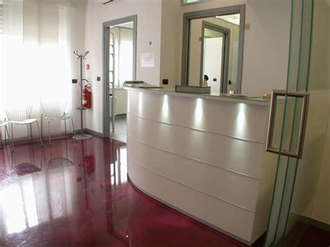 Arredo Studio Dentistico by Architettura E Design Degli Studi Dentistici Arca Progetti
