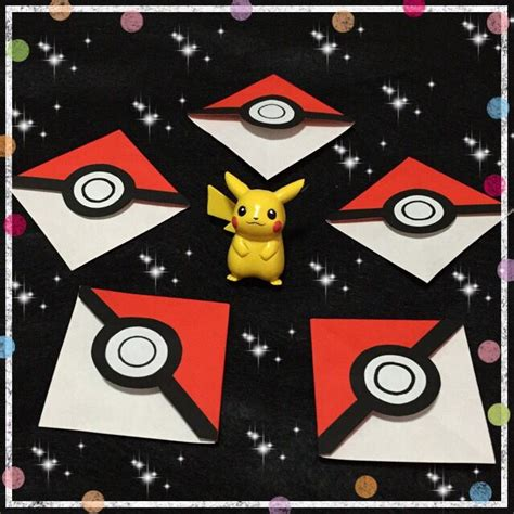 Origami Pokeball - 25 best ideas about origami bookmark on paper