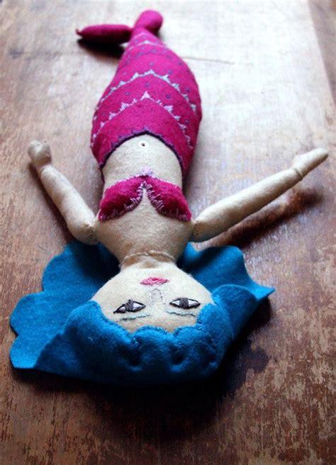 Handmade Mermaid - 1000 imagens sobre bonecas de pano sereias no