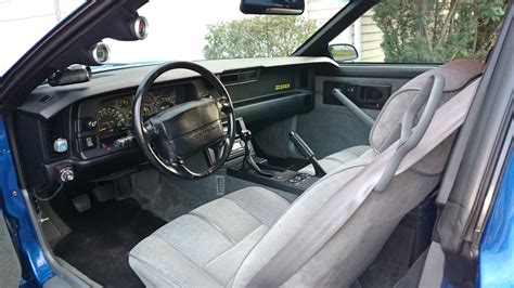 a few pics of my 91 z28 third generation f message