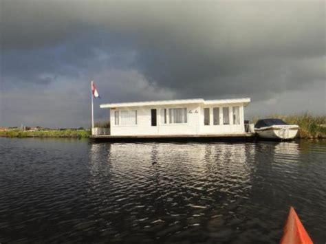 ligplaats woonboot leiden recreatie woonark zonder ligplaats huntingad