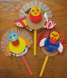 Transform boring old cereal boxes into colorful puppet craft turkeys