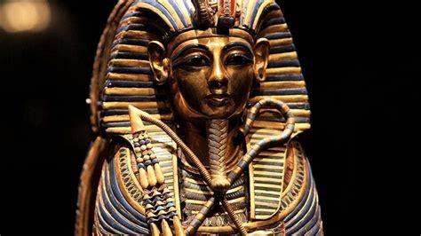 tutankhamun biography facts image gallery king tut s real name