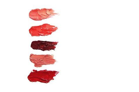 lipstick cosmetics lip gloss  photo  pixabay