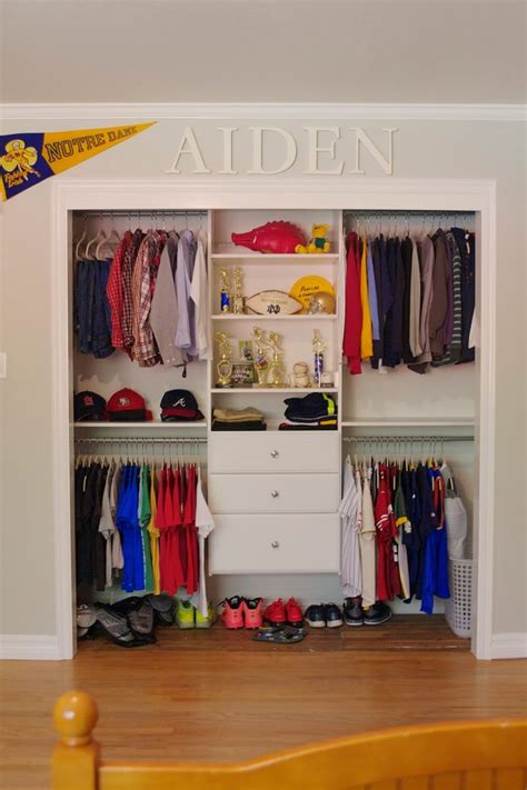 Darryl Is A Boy Who Lives In Closet by 25 Best Ideas About Boys Closet On Organize