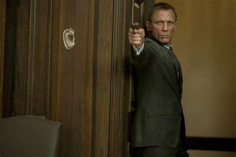 film james bond new skyfall debuts new james bond photos as details of