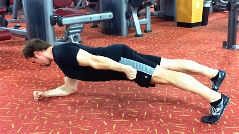 tip master the single arm tip the single arm plank t nation