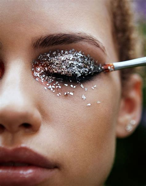 Glitter Makeup the 5 best festival hair and makeup looks