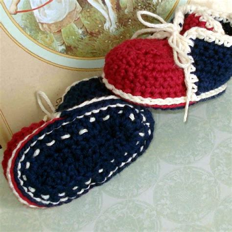 crochet baby shoes crochet newborn baby shoes design with chain and free