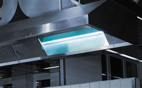 Kitchen exhaust air cleaning with UV in gastronomy