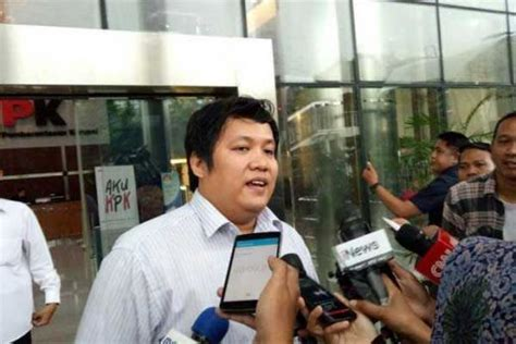 Kemeja Pria Katun Hilman goriau nah lho hilman mattauch mantan kontributor metrotv diperiksa kpk atas kasus