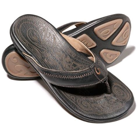 most comfortable mens flip flops my straw hat my new 100 00 olukai hiapo flip flops are