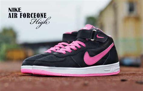 Sepatu Nike Wedges Abu Lis Pink nike airmax one lakuoindonesia