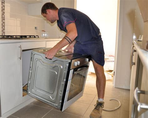 installing wall oven in base cabinet installing cabinets on site installing appliances ovens