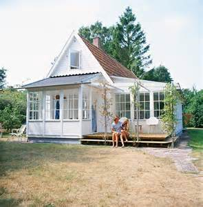 Tiny Farmhouse Tiny Home With Porches Perfect Little Houses Pinterest