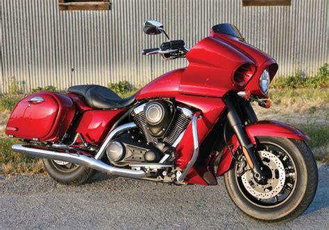 2011 Kawasaki Vaquero by 2011 Stratoliner Deluxe Vs 2011 Kawasaki Vulcan