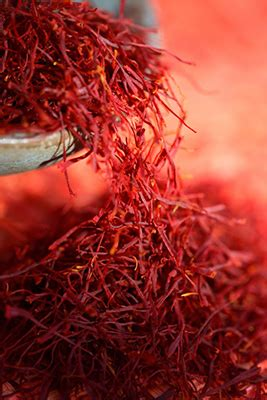 candele afrodisiache saffron fragrance and candle supplies