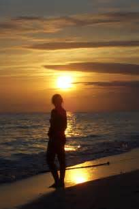 La playa el atardecer y yo si soy yo