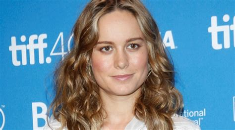 film the gambler adalah jennifer lawrence digantikan brie larson bintangi the