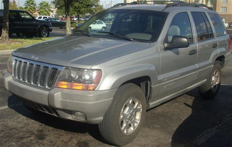 books about how cars work 2003 jeep grand cherokee navigation system file 1999 2003 jeep grand cherokee laredo jpg wikimedia commons