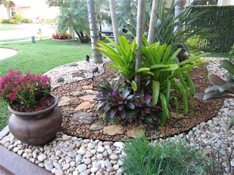 Rock Garden Ideas For Small Yards Fla Rock Garden Landscape