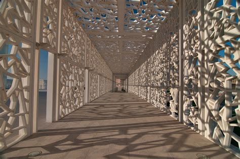 photo 1023 07 shaded walkway of ceremonial court in education city cus doha qatar