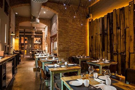 barcelona restaurant barcelona restaurants restaurant reviews by 10best