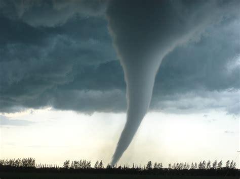 tornado research paper buy research papers cheap hurricane versus tornado