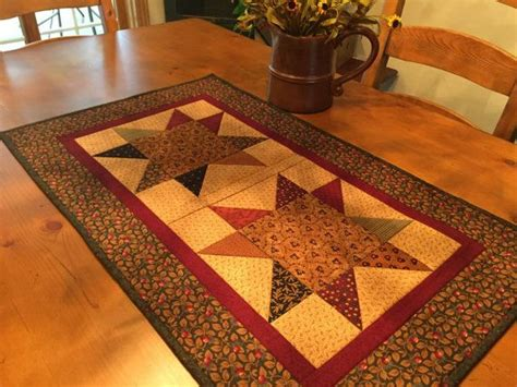 quilted table runner primitive country item 845