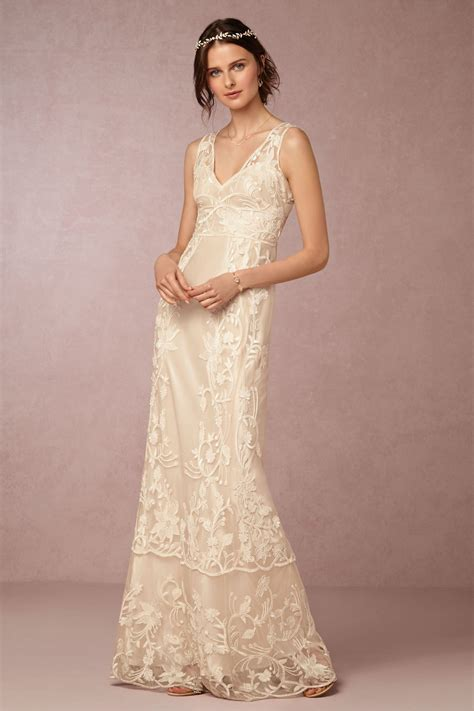 Simple Vintage Wedding Dresses by The Advantages Of Vintage Wedding Dresses 187 Interclodesigns
