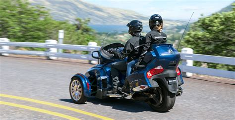 2016 Can Am Spyder RT Limited Review