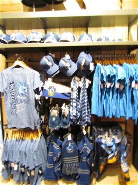 Ravenclaw shop - Picture of Warner Bros. Studio Tour ... What Day Of The Week Was October 8 2012